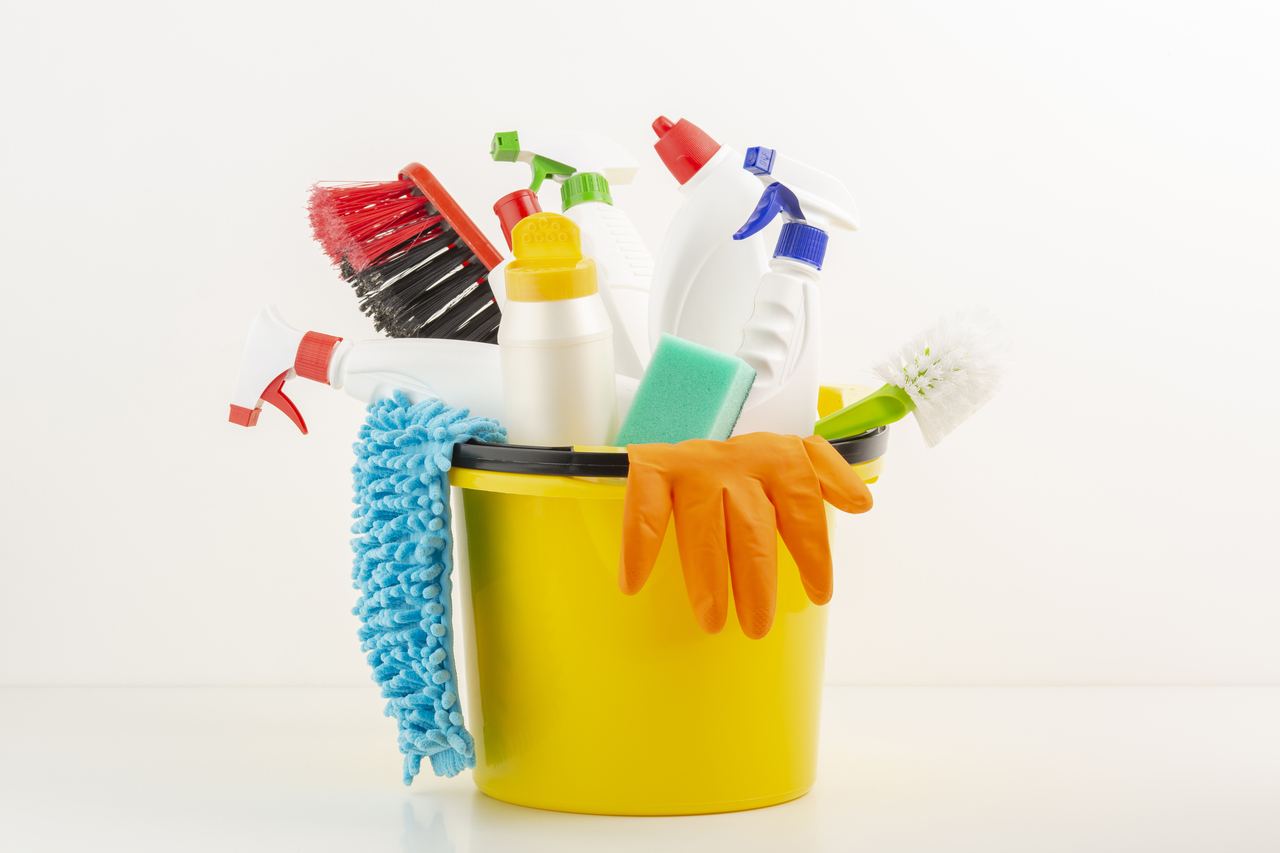 Different tools used for cleaning